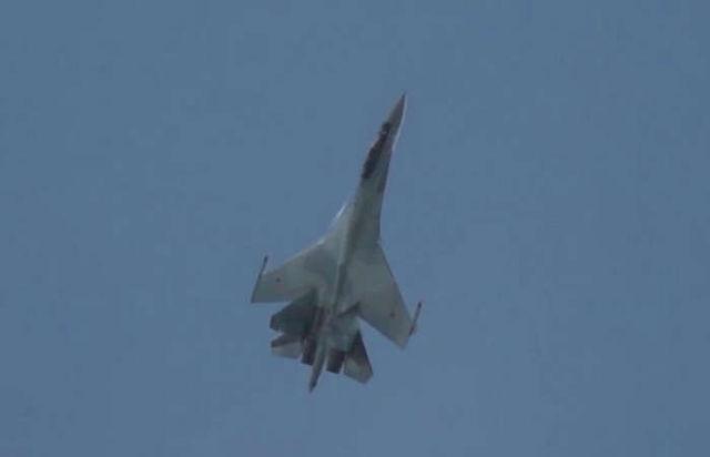 Sukhoi Su-35 Super-Maneuverability Display