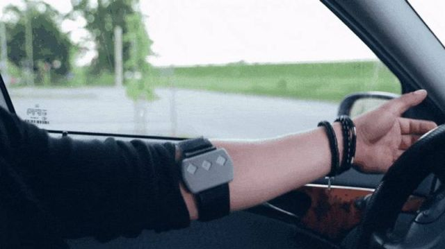 This Device keeps you Awake While Driving