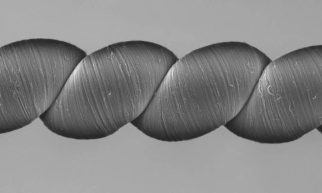 Carbon Nanotube Yarn generates power when stretched