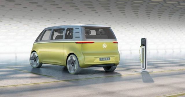 Volkswagen I.D. Buzz autonomous electric Kombi van (3)