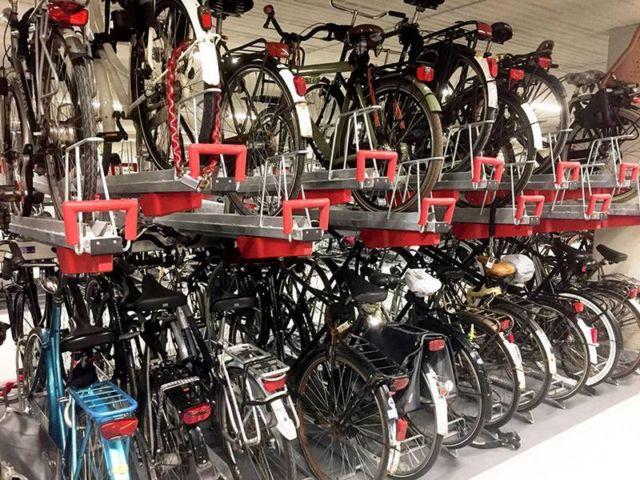 World's largest Bike parking garage (4)