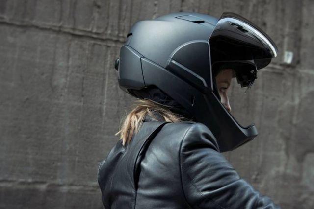 CrossHelmet X1 HUD Motorcycle Helmet (1)