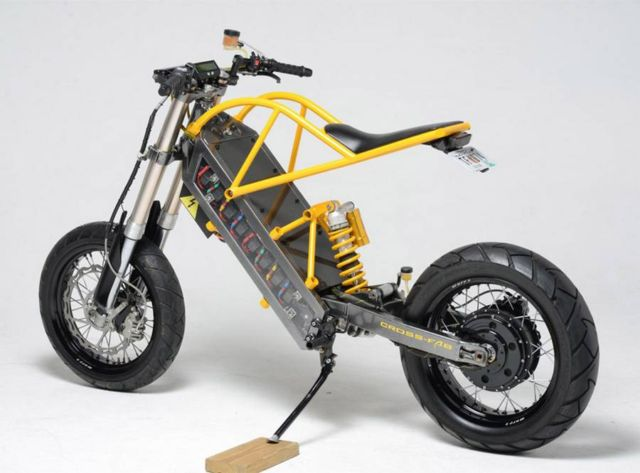 ExoDyne Electric Motorcycle (4)