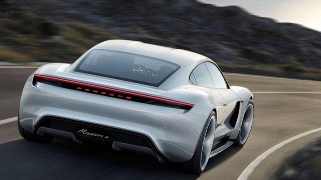 All-electric four-door Porsche Mission E (7)