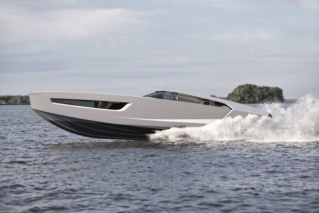 Superfly GT 42 Superboat (17)