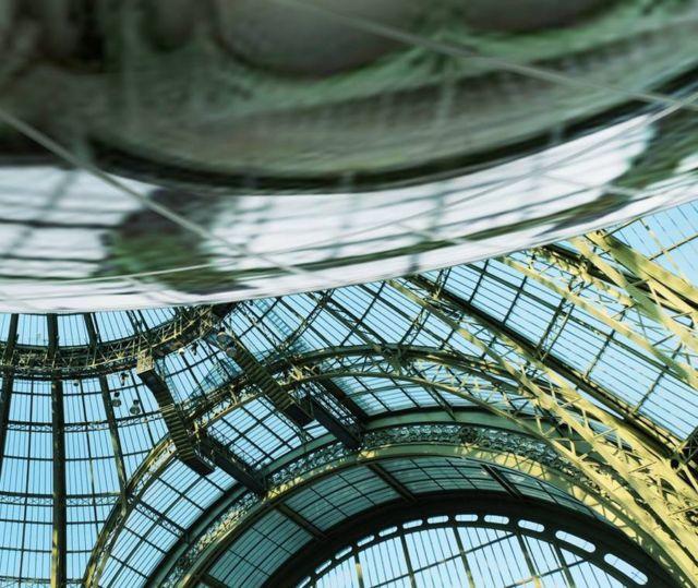 The Pebble Grand Palais Mirror (2)