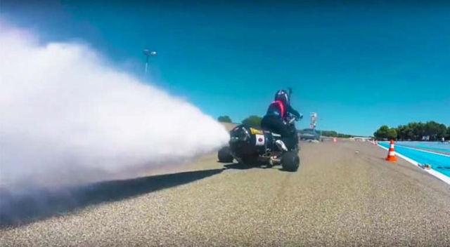 Water Rocket Trike 0-100 km/h in 0.55 second