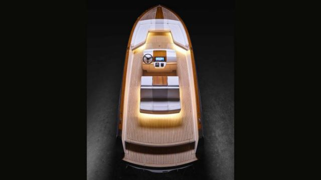 Hinkley Dasher Electric Yacht (2)