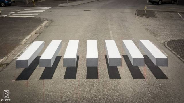 3D Zebra Crosswalk to slow down Speeding Cars