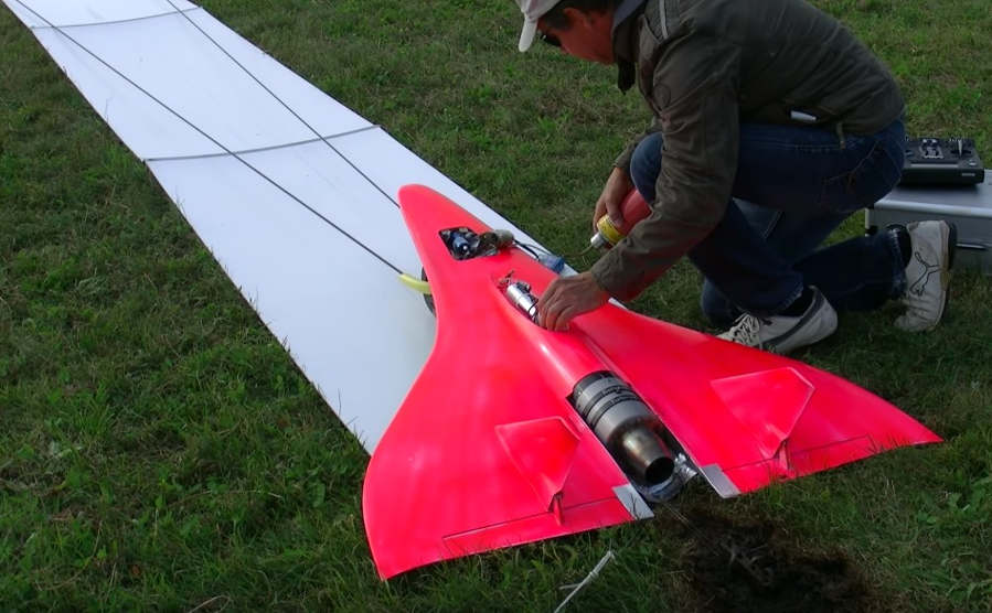 727KMH Fastest RC Turbine Model Jet in action