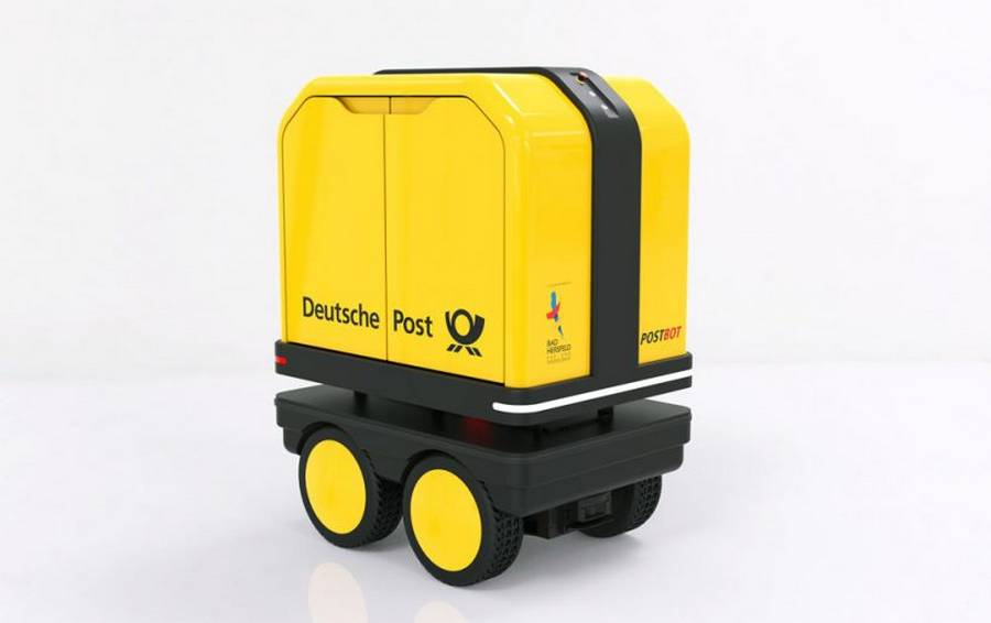 New delivery Robot helps Mail carriers