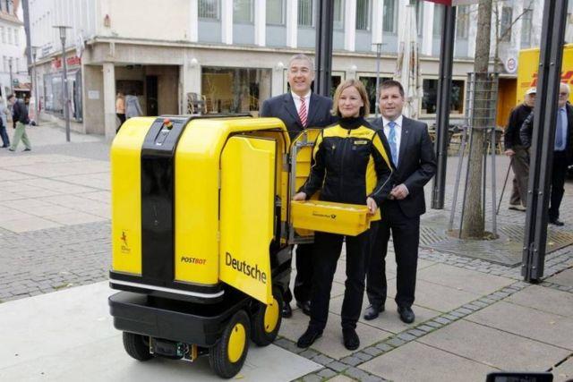 PostBOT robotic mailman
