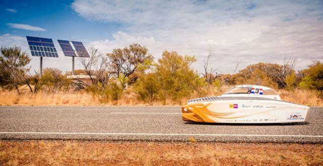 Nuon Solar Team World Champion Solar Car Racing winner (4)
