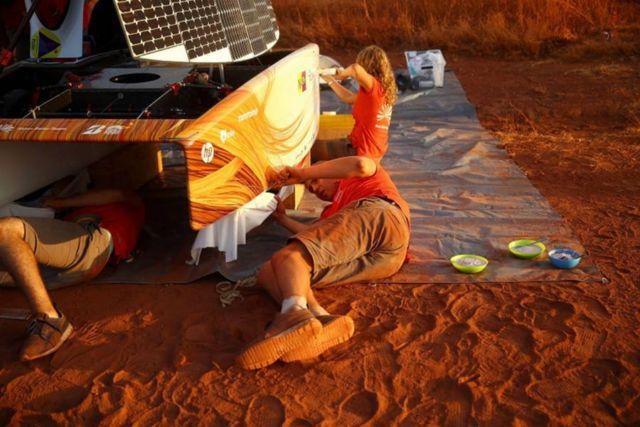 Nuon Solar Team World Champion Solar Car Racing winner (2)