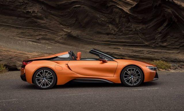 2019 BMW i8 Roadster (8)