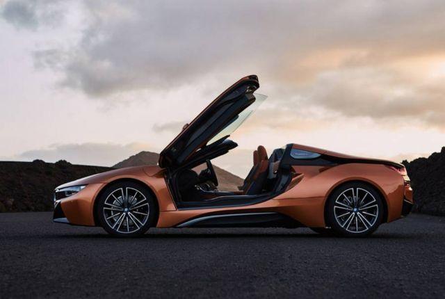 2019 BMW i8 Roadster (7)