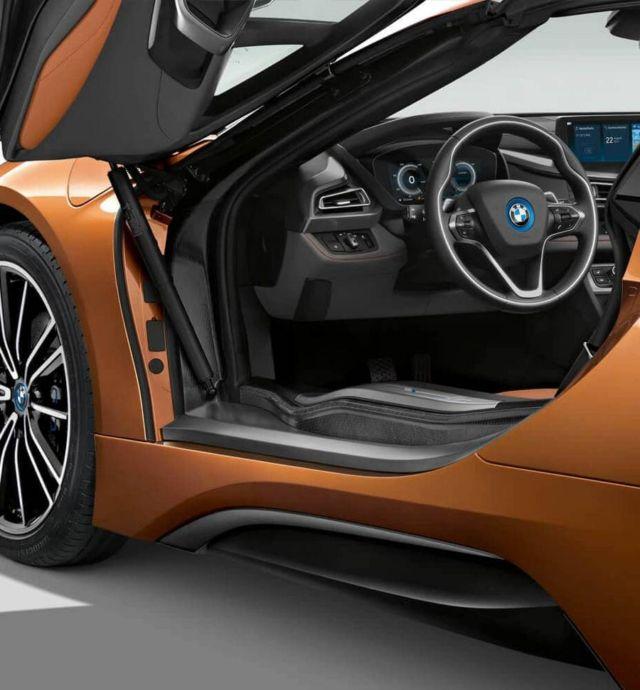 2019 BMW i8 Roadster (5)