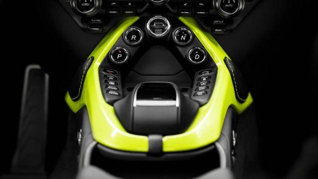 New Aston Martin Vantage (11)