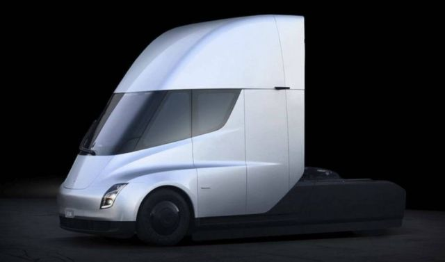 Electric Tesla Semi Truck (4)