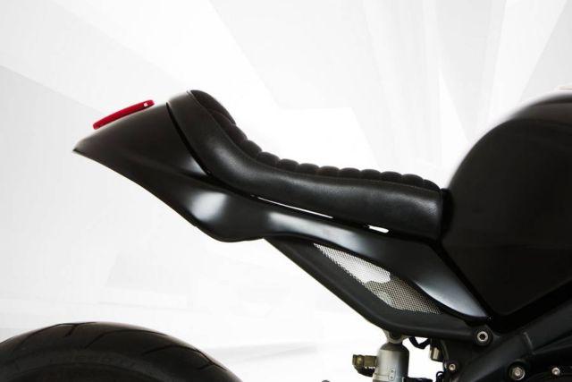 Triumph Tripla 0.0 Motorcycle (2)