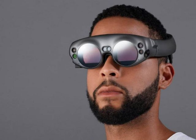 Magic Leap's mixed reality headset (3)