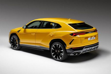 The New Lamborghini Urus SUV (2)