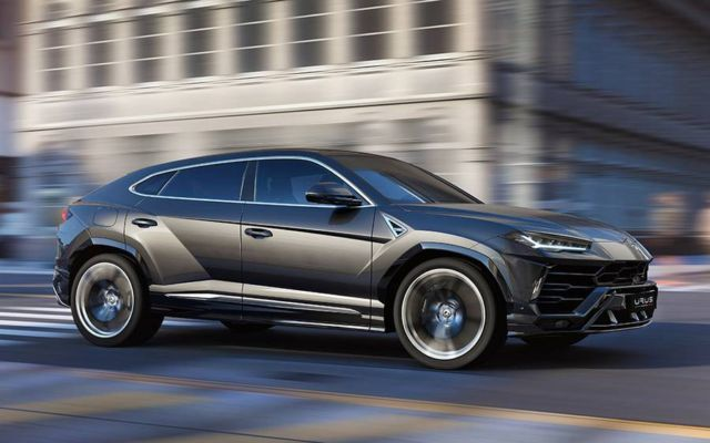 The New Lamborghini Urus SUV (6)