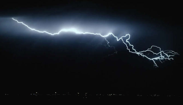 Transient - Lightning footage