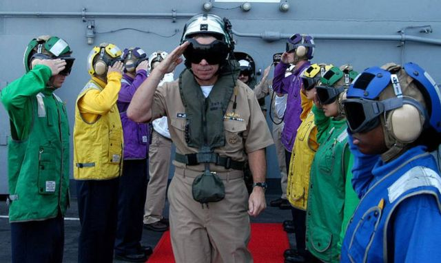 The color-coded uniforms of US Aircraft Carrier Crews (10)