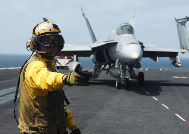 The color-coded uniforms of US Aircraft Carrier Crews (8)