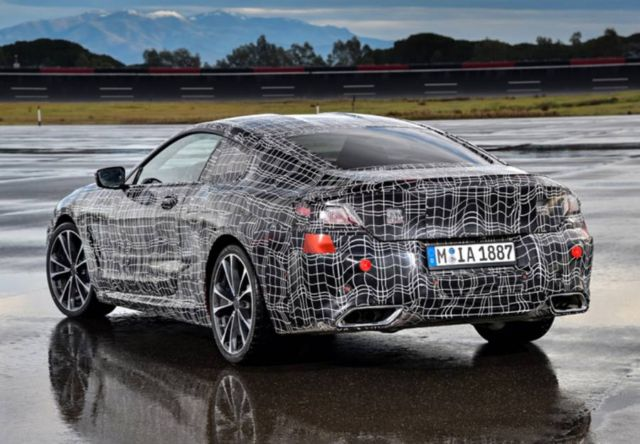 BMW tests the new 8 series (1)