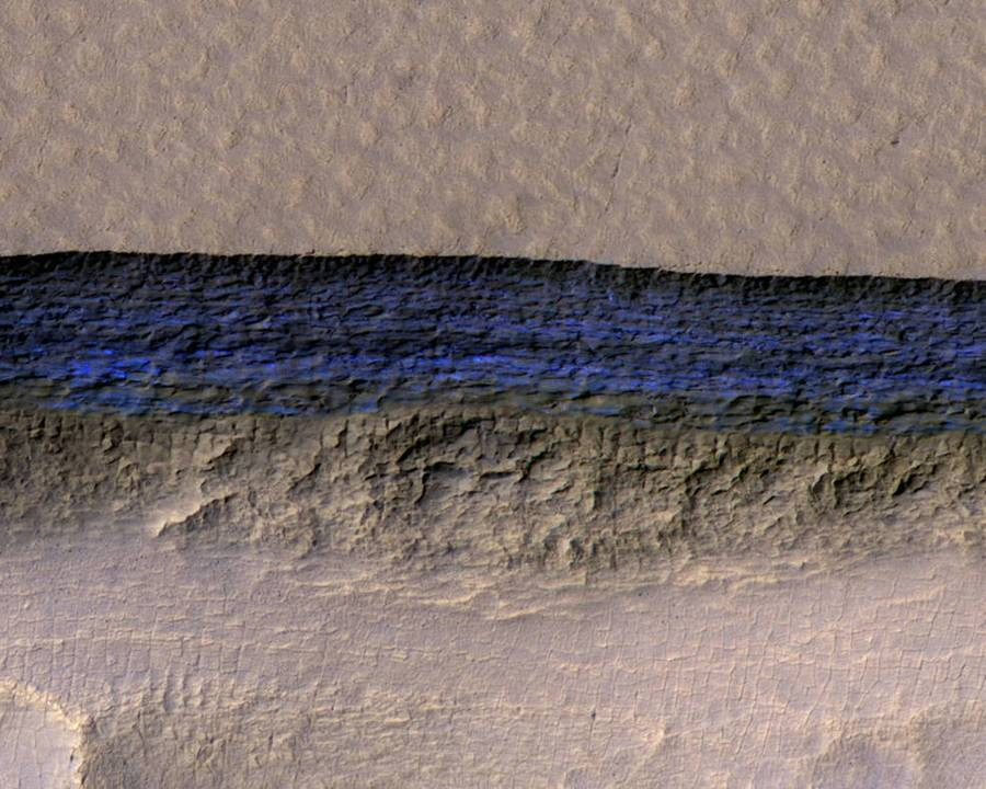 Huge underground Ice sheets found on Mars