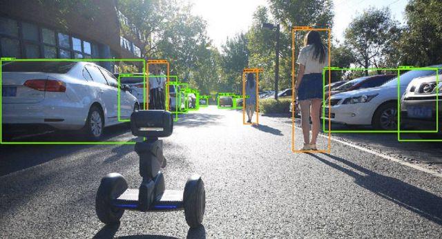 Loomo Segway Robot (2)