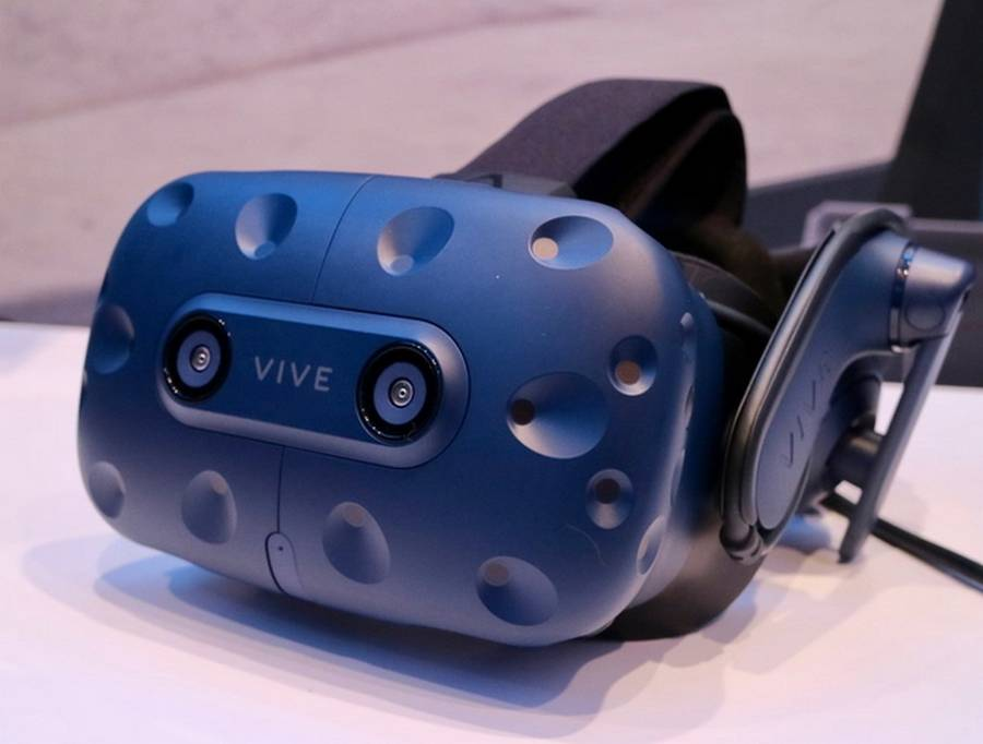 73969bbed2c8 Vive Pro surpasses the bar-setting experience to realize the most immersive  virtual reality experience today.