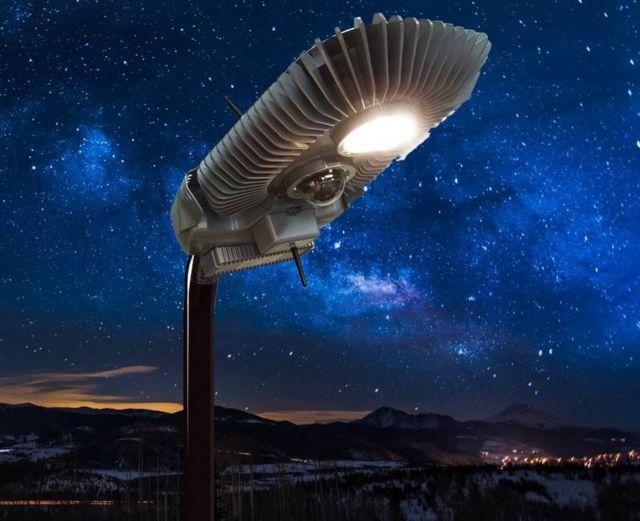 Wi-Fiber's smart streetlights