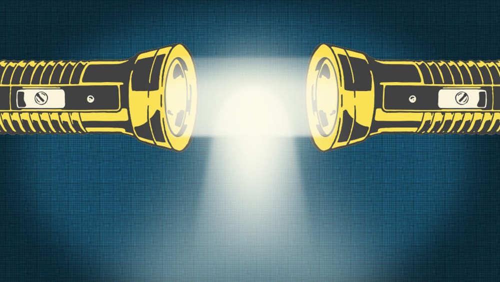 A bizarre new form of 'Molecular' Light