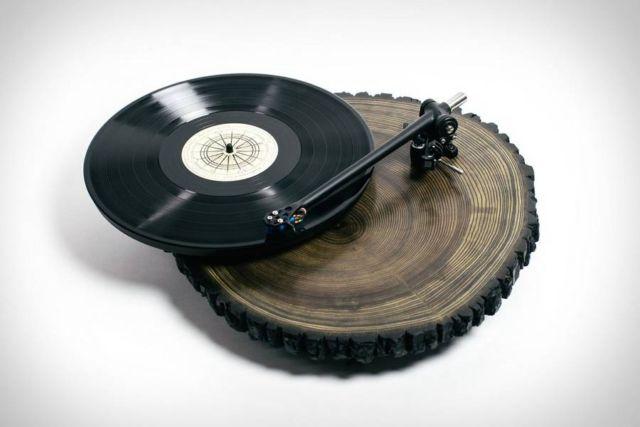 Audiowood Barky Turntable (3)