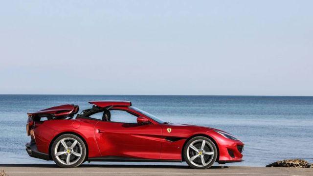 Ferrari Portofino (6)
