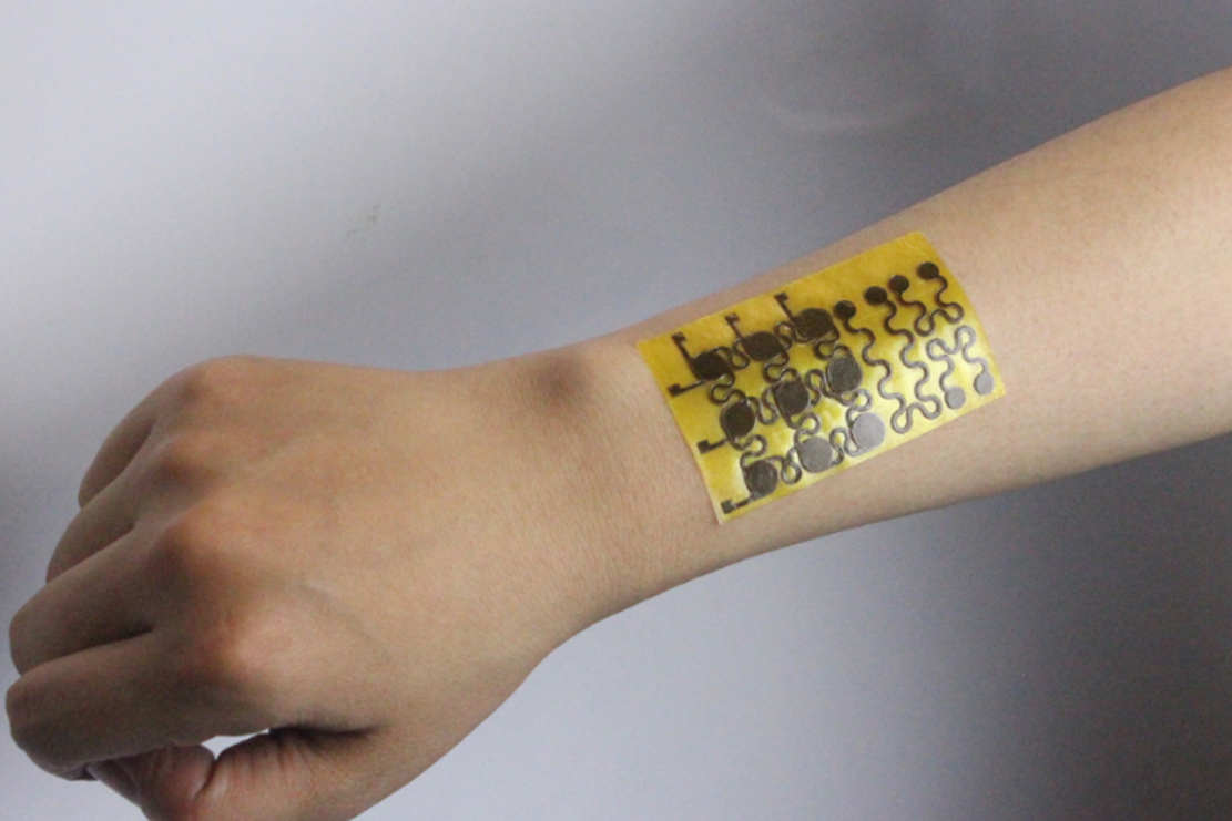 New type of malleable, self-healing 'Electronic Skin'