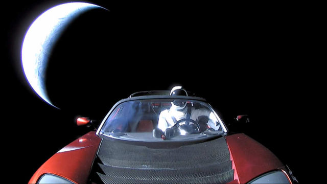Starman, Roadster, Planet Earth