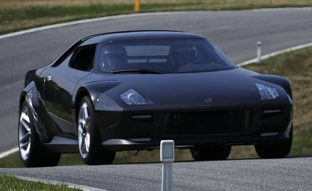 Stratos is coming back (3)