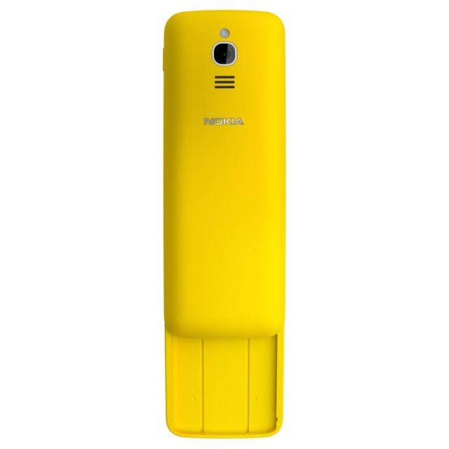 New Nokia 8110 banana phone (1)