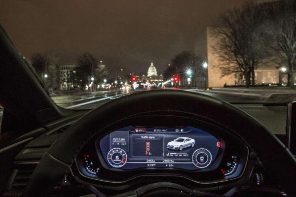 Audi's traffic light countdown information