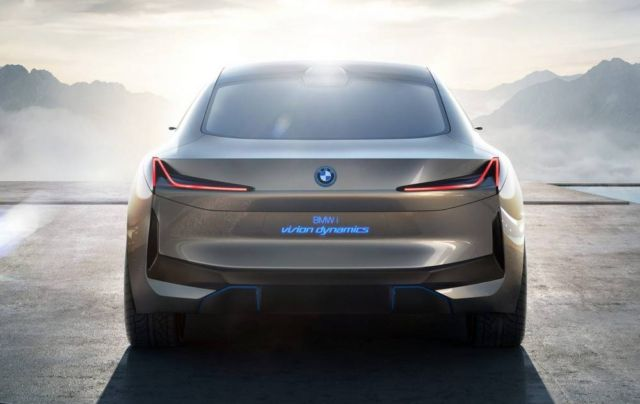 BMW i4 electric sedan (2)