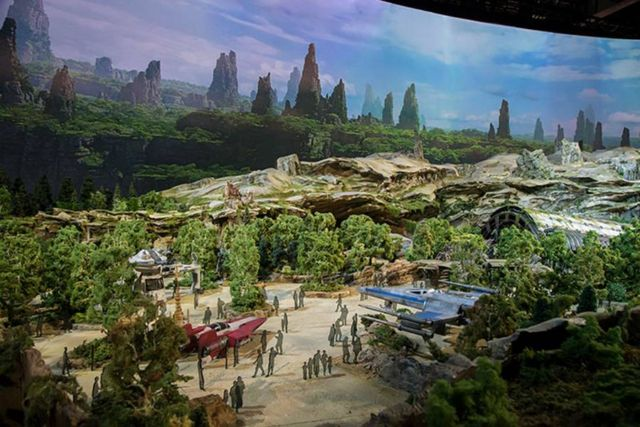 Disney Star Wars theme park (2)