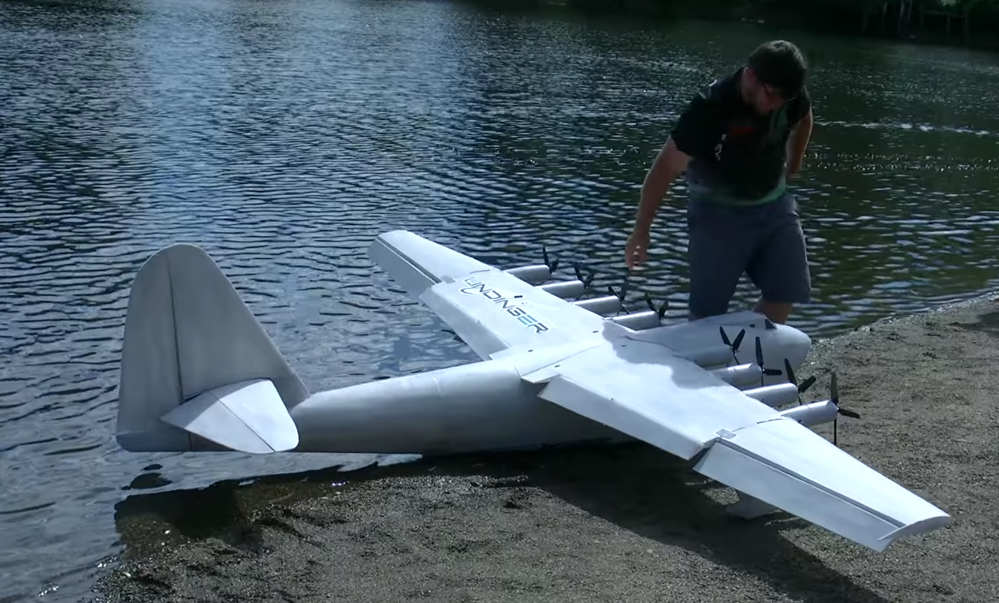 Giant Hughes H4 Spruce Goose RC Seaplane