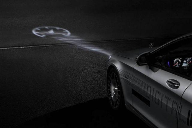Mercedes Digital Headlight (4)