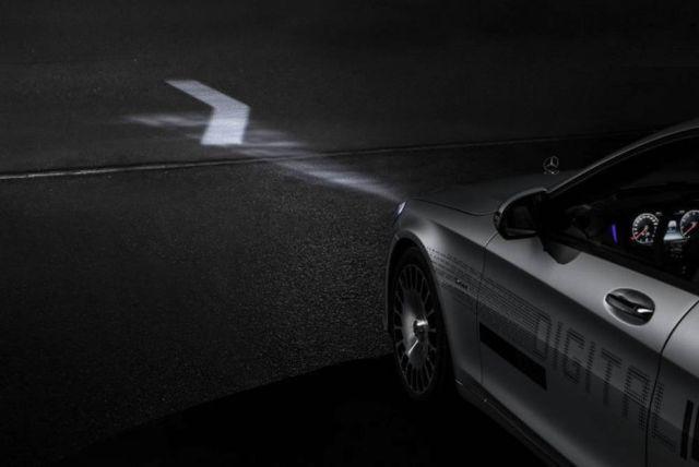 Mercedes Digital Headlight (2)