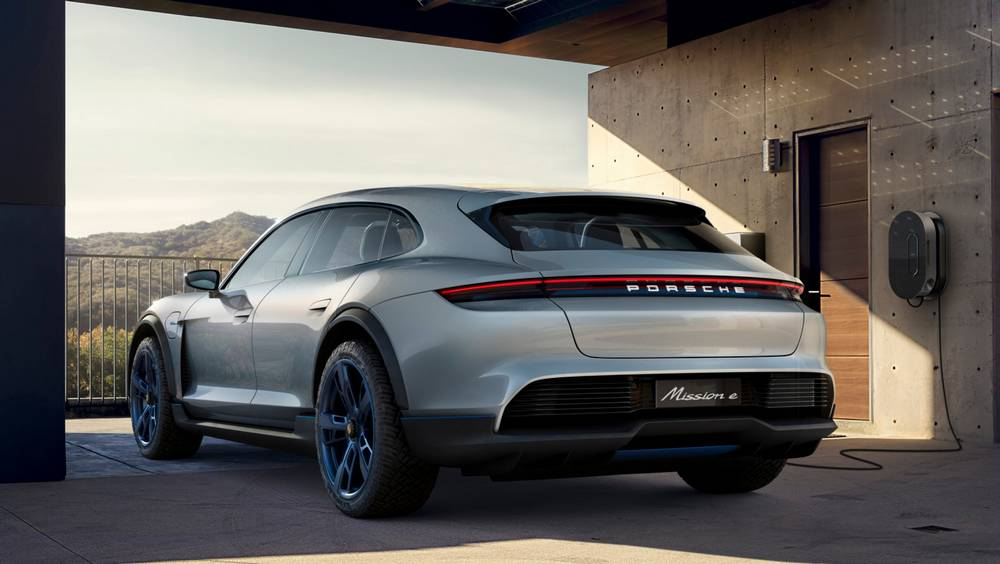 Porsche Mission E Cross Turismo CUV (2)