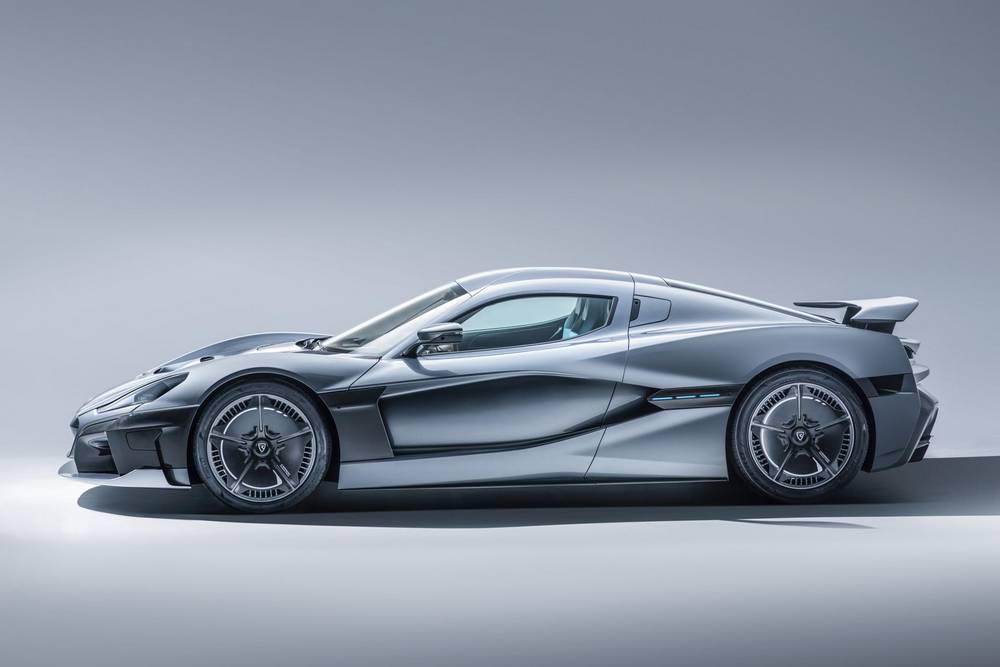 Rimac C_Two electric hypercar with 1,914 hp (2)